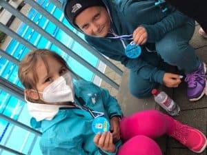 Nila und Kim Dreieich Kidstriathlon 880x660 1